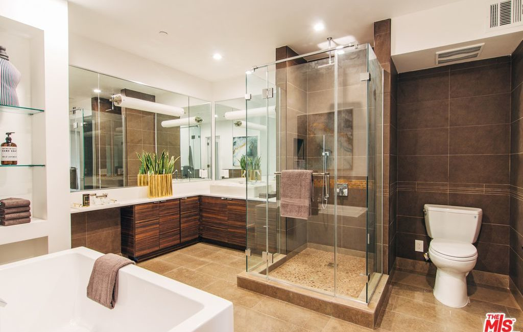 The Terrace Condos | Multi-Family Residential | Interior Master Bathroom