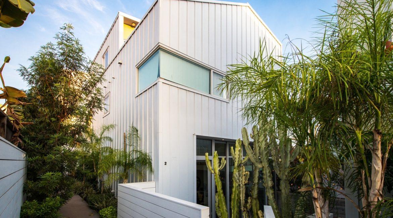 LEED Platinum-Certified Venice Condos | Exterior | HVAC & Plumbing Design